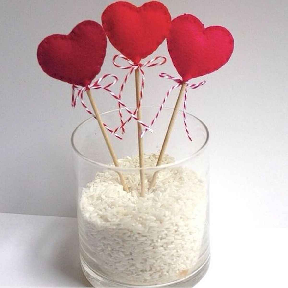 50 stunning valentines day decor ideas (45)