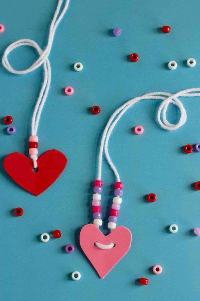 75 lovely valentines day crafts design ideas (44)
