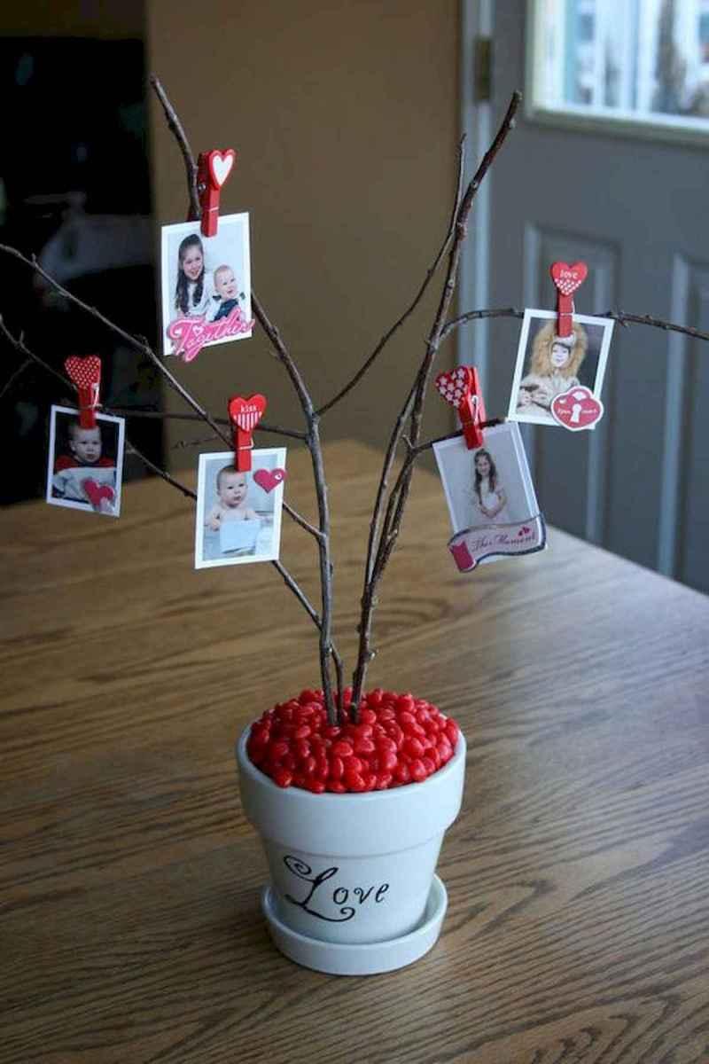 75 lovely valentines day crafts design ideas (48)