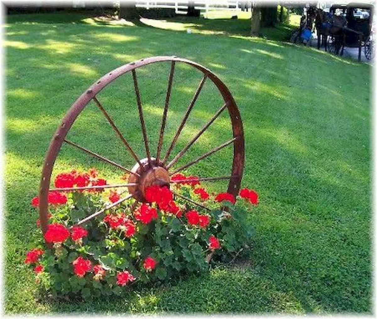 70 creative and genius garden art from junk design ideas for summer (19)