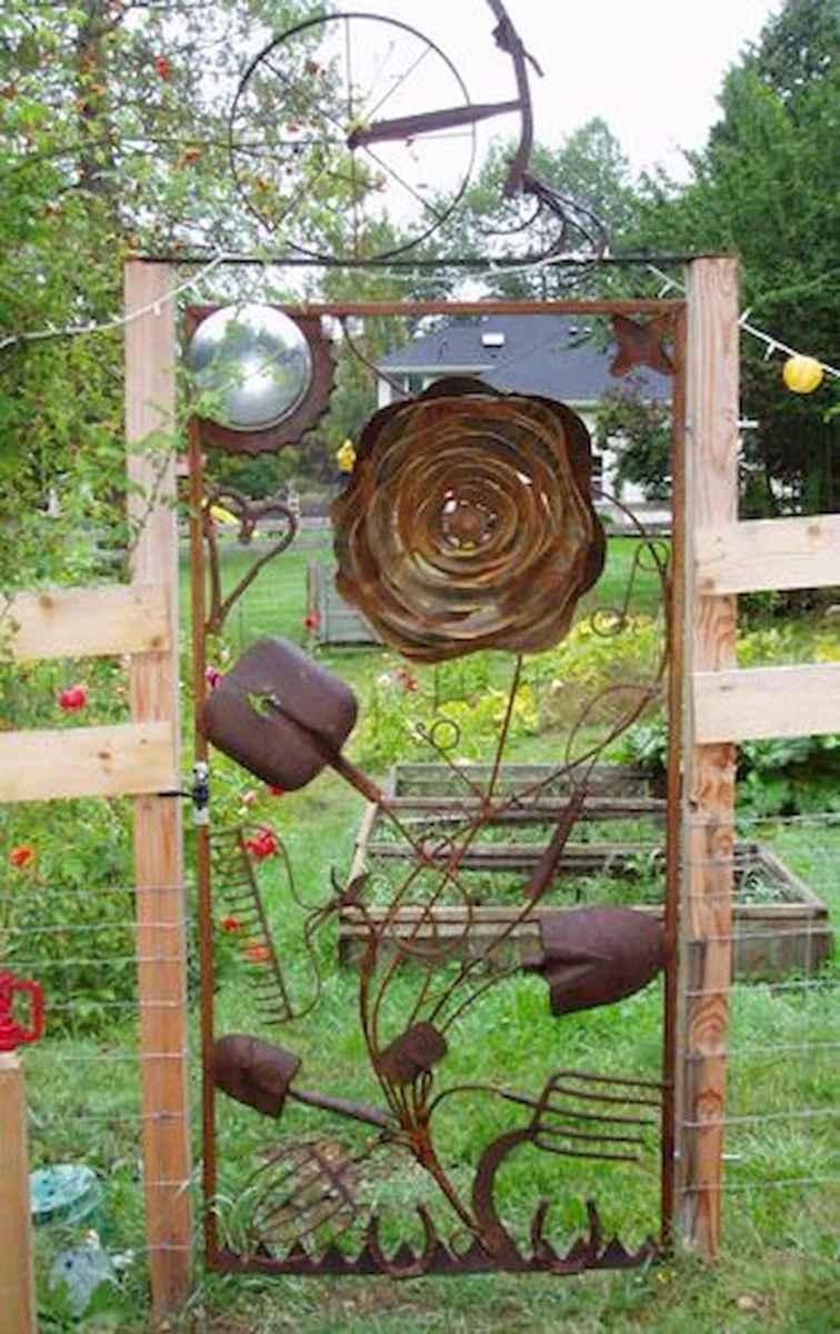 70 creative and genius garden art from junk design ideas for summer (39)