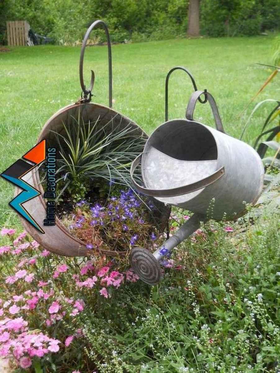70 creative and genius garden art from junk design ideas for summer (49)