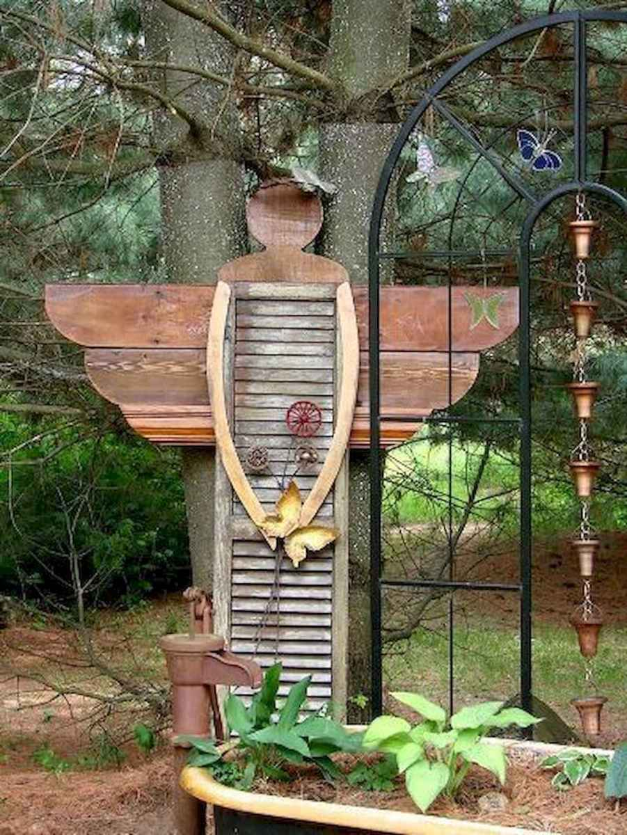 70 creative and genius garden art from junk design ideas for summer (55)