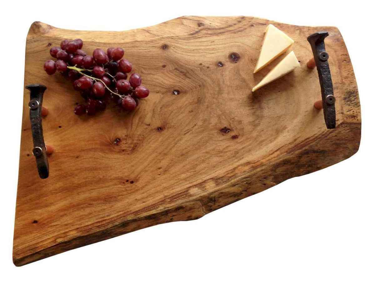 27 rustic serving trays ideas (19)
