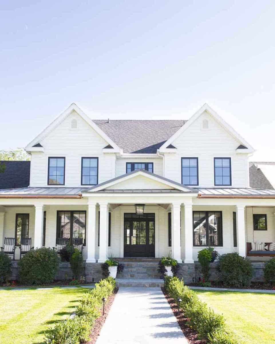 30 minimalist farmhouse exterior design ideas (2)