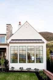 30 minimalist farmhouse exterior design ideas (28)
