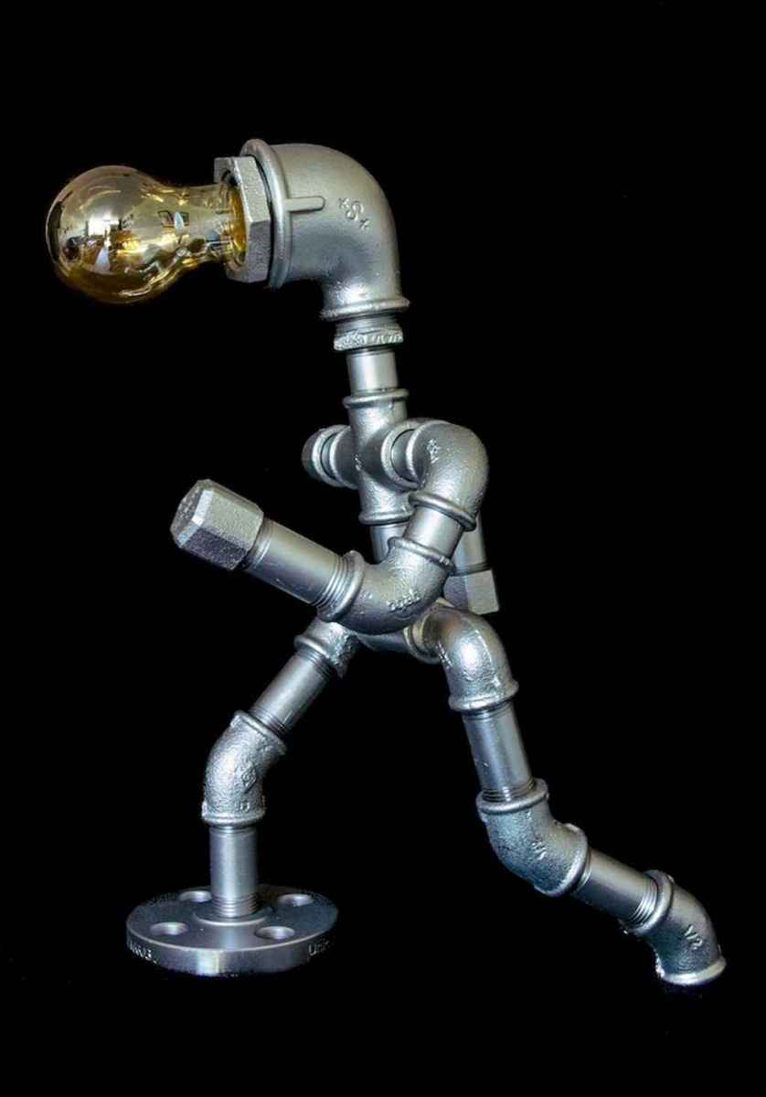 35 creative diy industrial pipe lamp design ideas robot to decor your home (14)