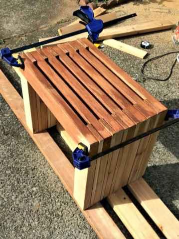 40 cheap diy outdoor bench design ideas for backyard & frontyard (28)