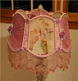 40 vintage victorian lamp shades ideas for decorating bedroom diy (7)