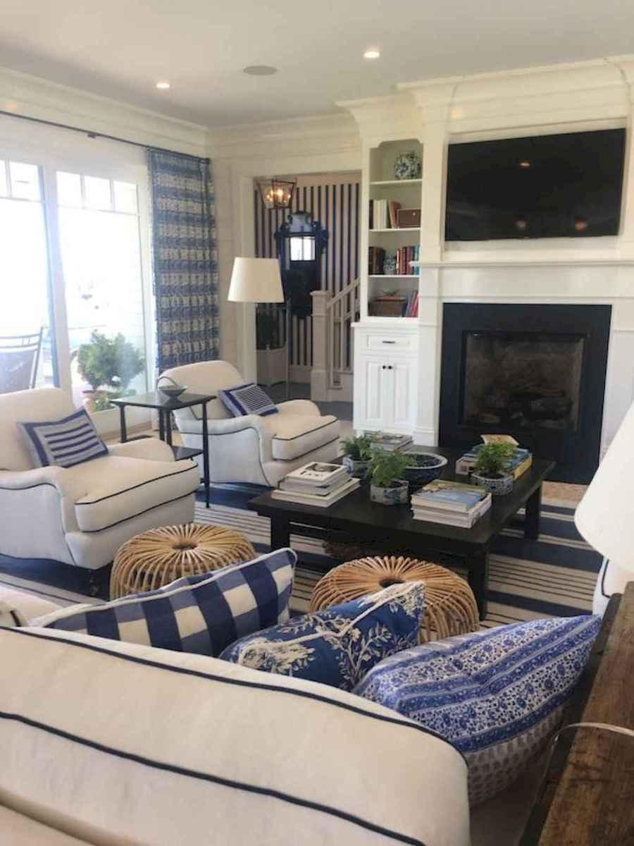 44 cozy coastal themed living room decor ideas that makes your home feels like beach (36)