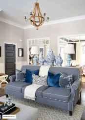 44 cozy coastal themed living room decor ideas that makes your home feels like beach (41)