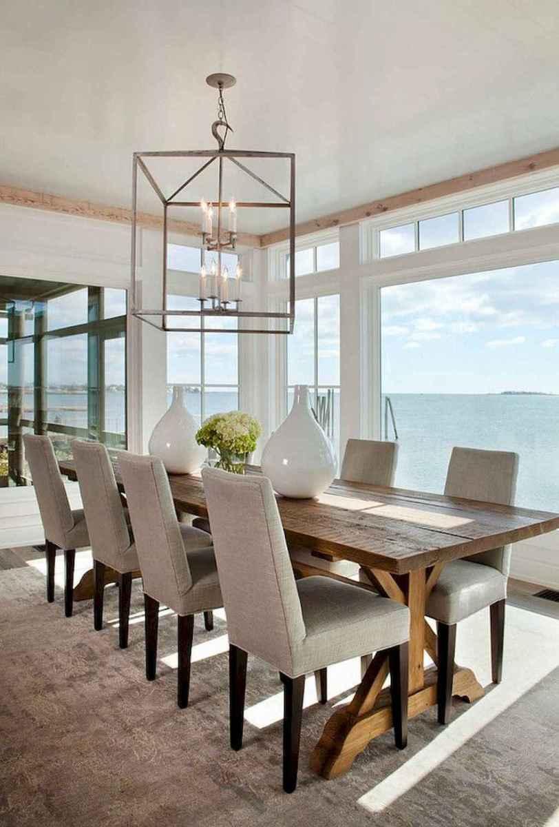 44 cozy coastal themed living room decor ideas that makes your home feels like beach (43)