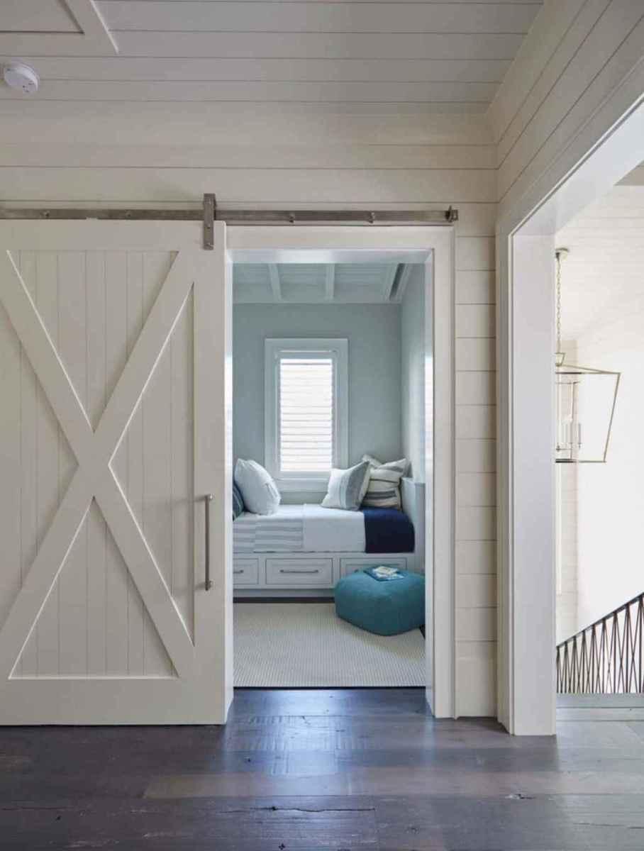44 cozy coastal themed living room decor ideas that makes your home feels like beach (9)
