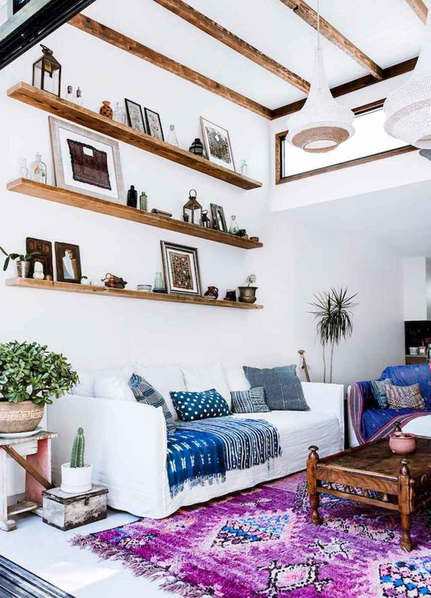 44 modern bohemian living room ideas for small apartment (29)
