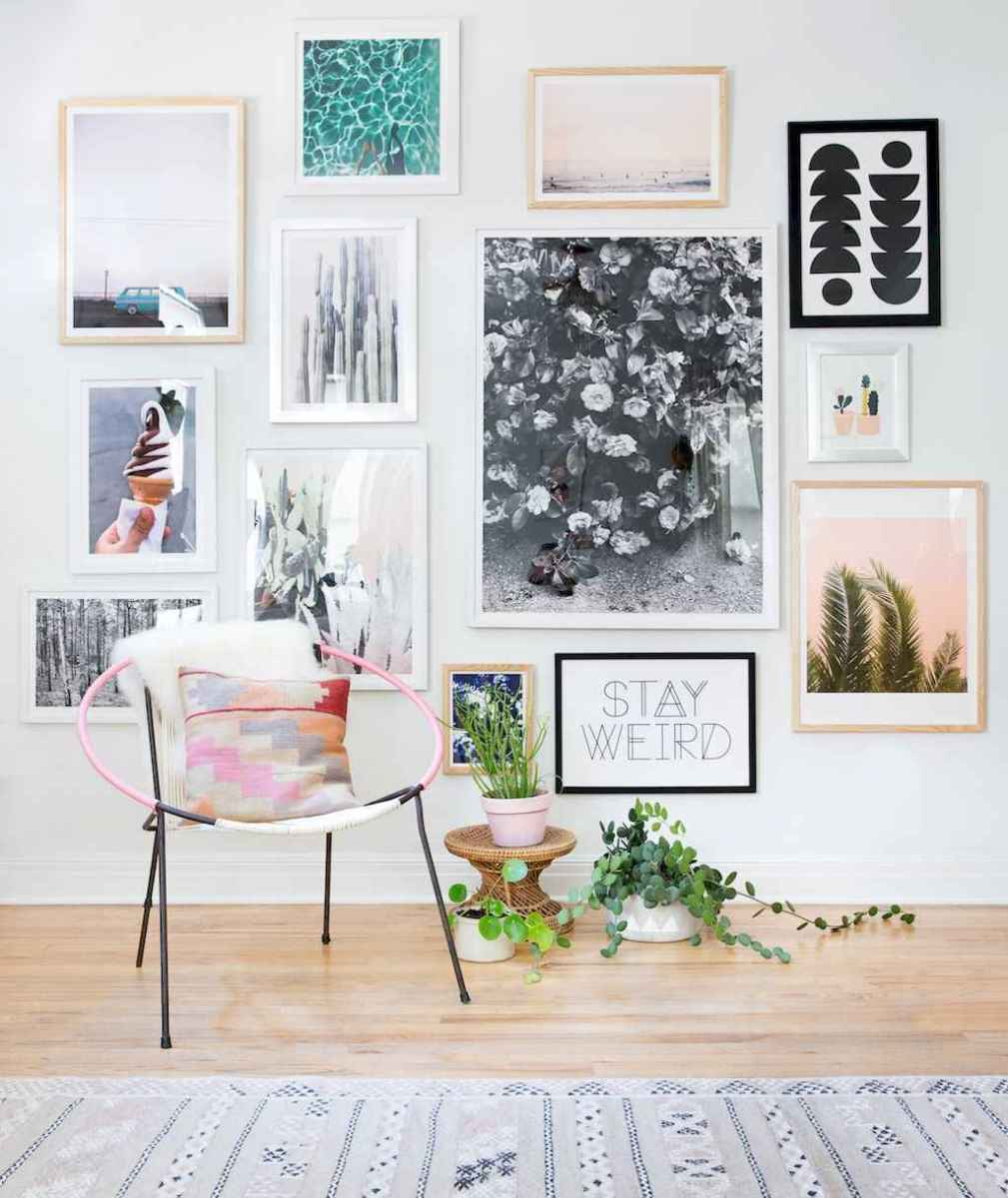 50 beautiful gallery wall ideas to show your photos (19)