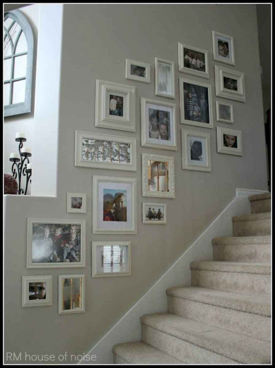 50 beautiful gallery wall ideas to show your photos (24)