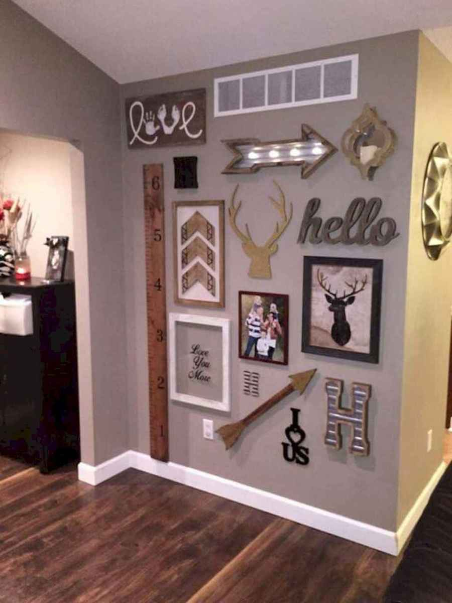 50 beautiful gallery wall ideas to show your photos (32)