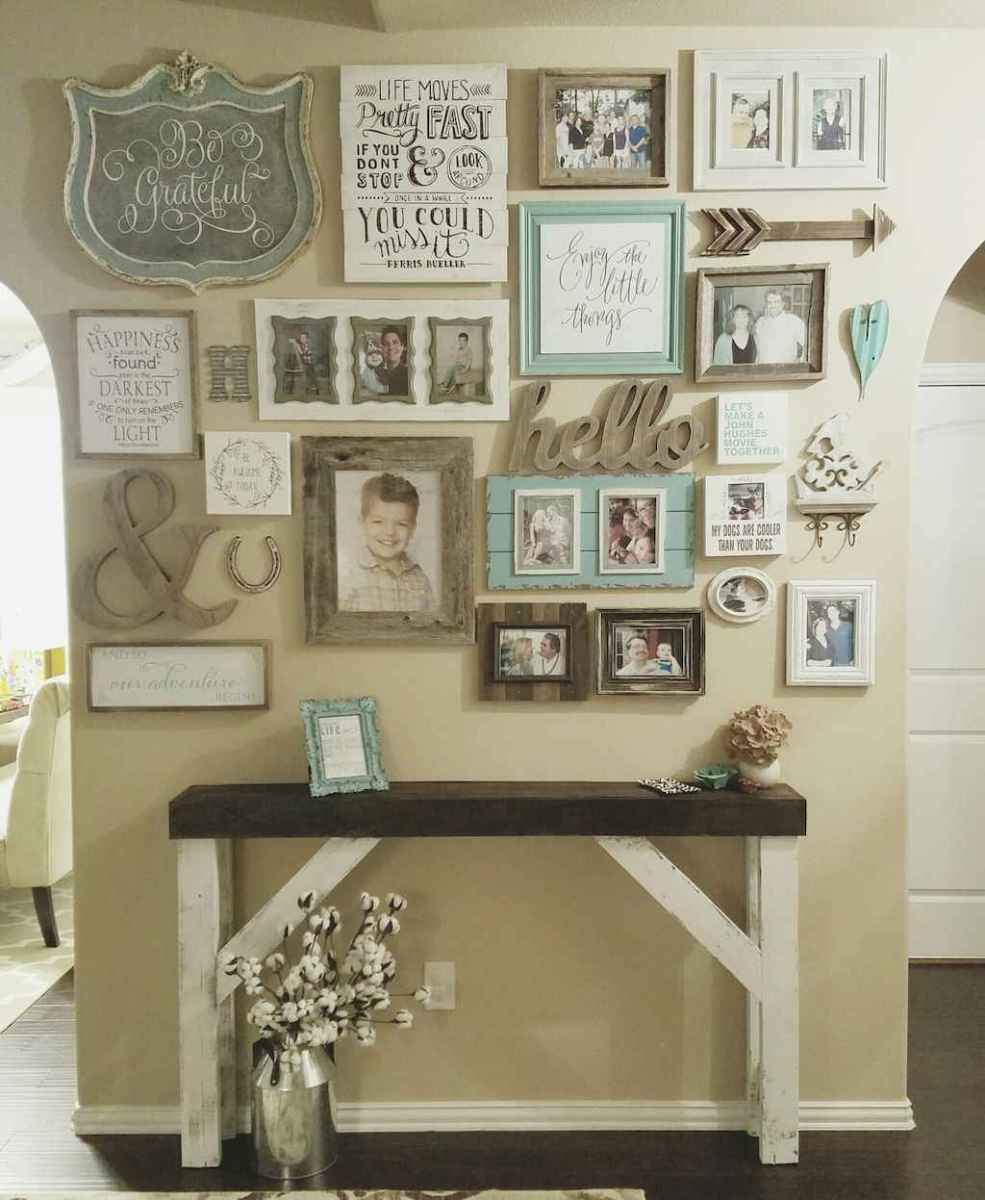 50 beautiful gallery wall ideas to show your photos (45)