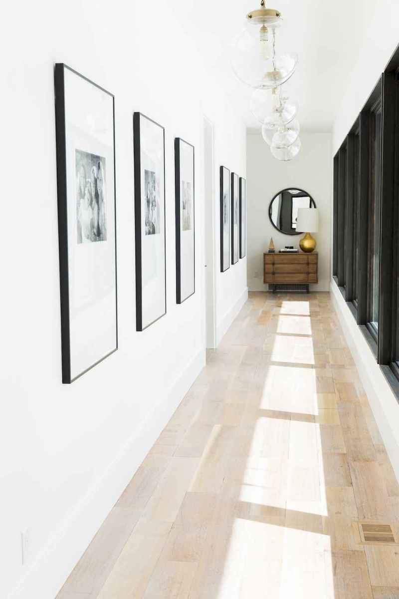 50 beautiful gallery wall ideas to show your photos (9)