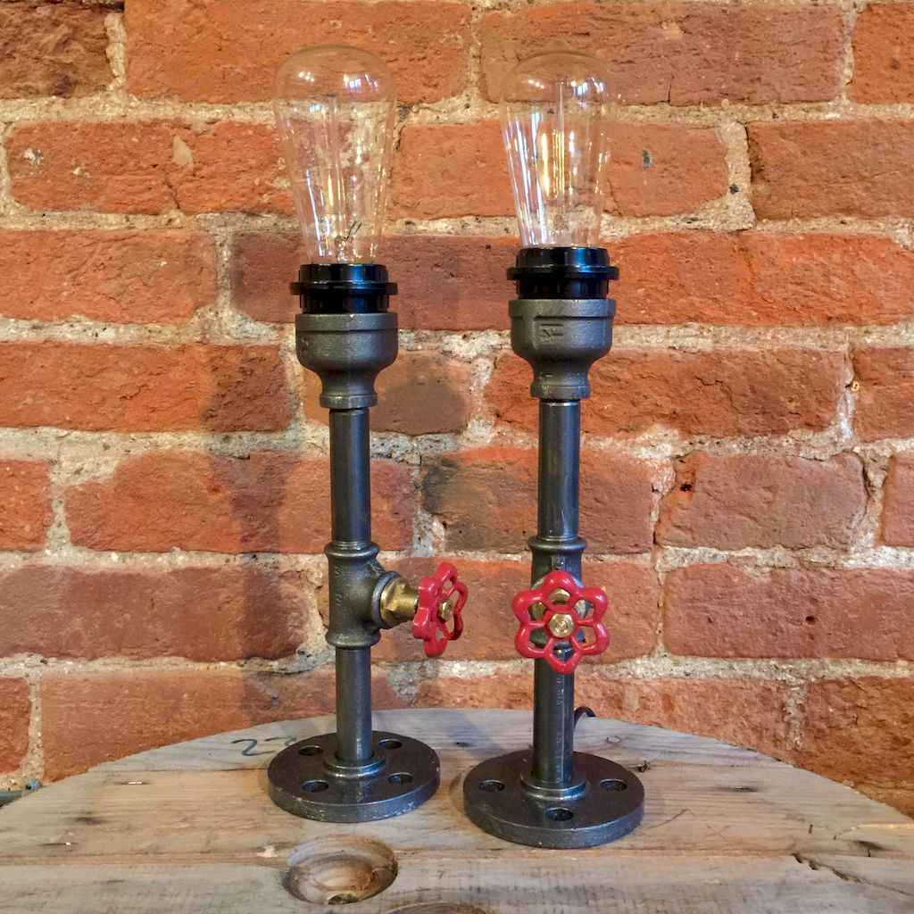 70 cheap diy industrial pipe lamps ideas to decor your home (10)