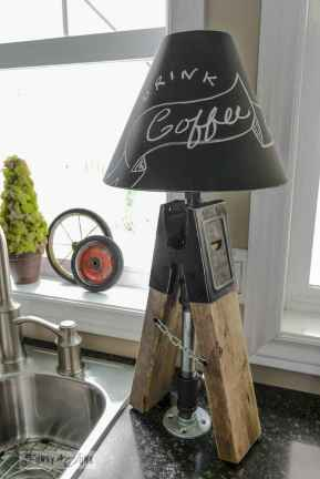 70 cheap diy industrial pipe lamps ideas to decor your home (39)