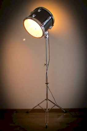 70 cheap diy industrial pipe lamps ideas to decor your home (5)