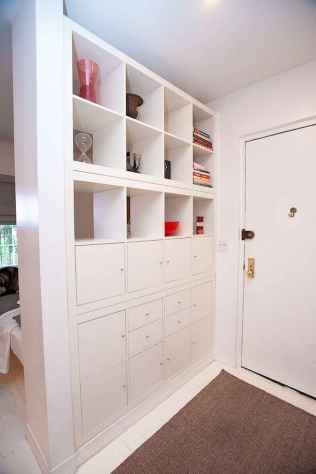 70+ effective small house hacks & tips to organizing (47)
