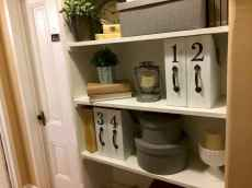 70+ effective small house hacks & tips to organizing (62)