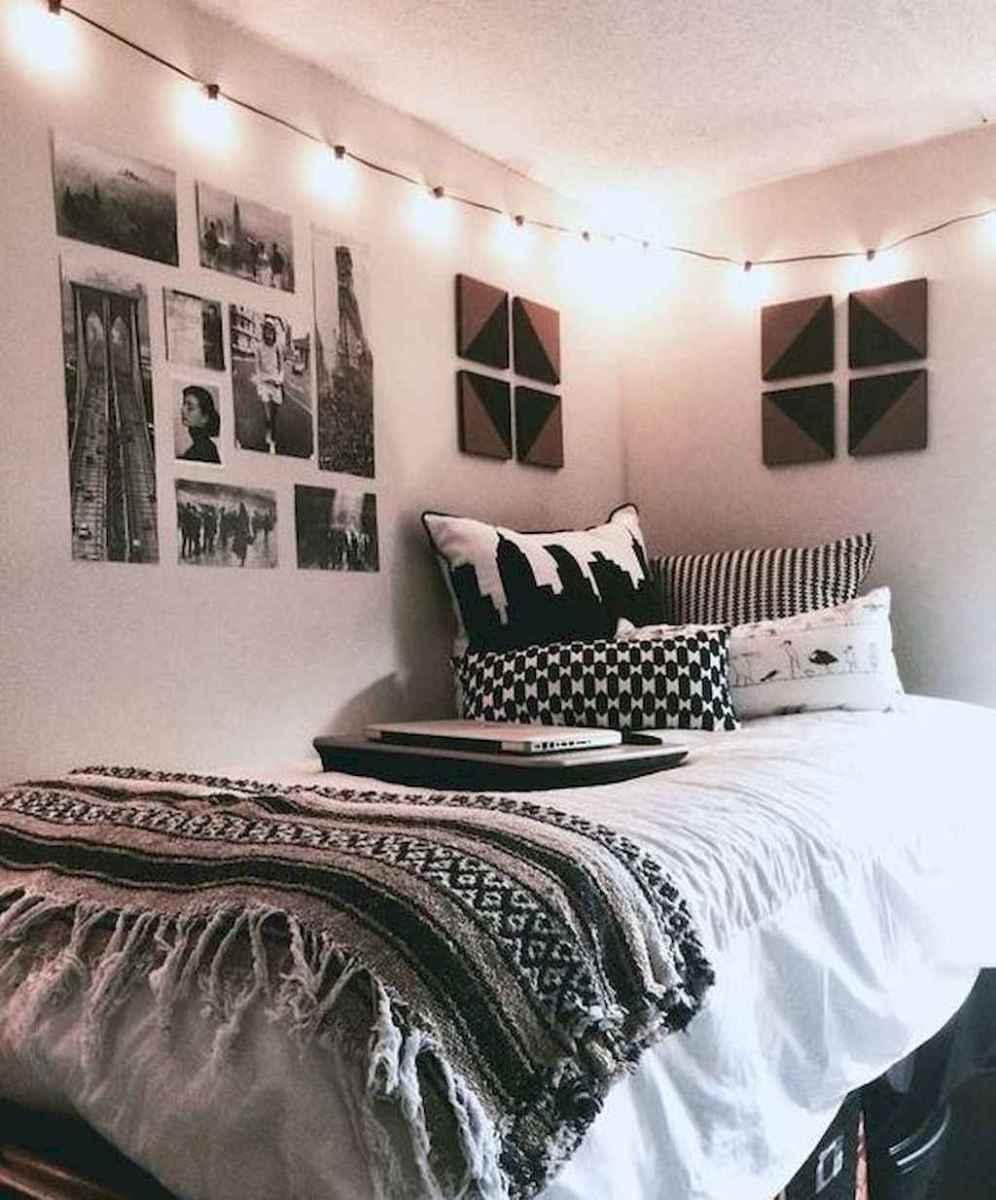 75+ minimalist diy room decor ideas that fit small room (52)