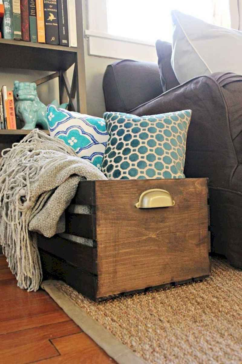 Clever small apartment hacks and organization ideas (44)