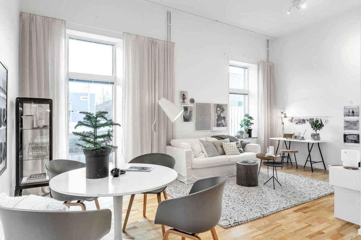 Elegant scandinavian interior decorating ideas for small spaces (24)