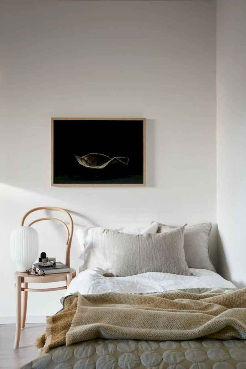 Elegant scandinavian interior decorating ideas for small spaces (60)