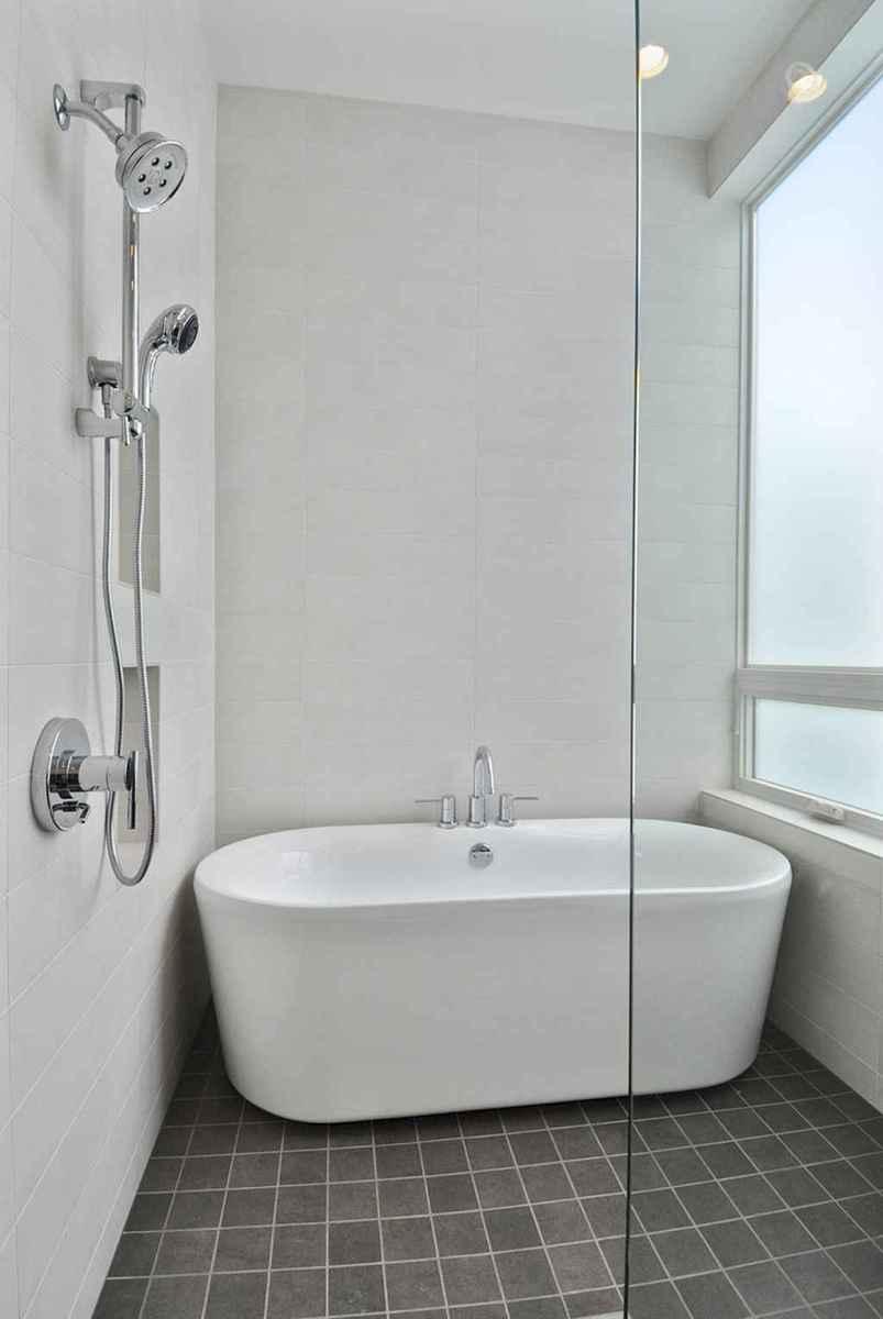 75 efficient small bathroom remodel design ideas (75)