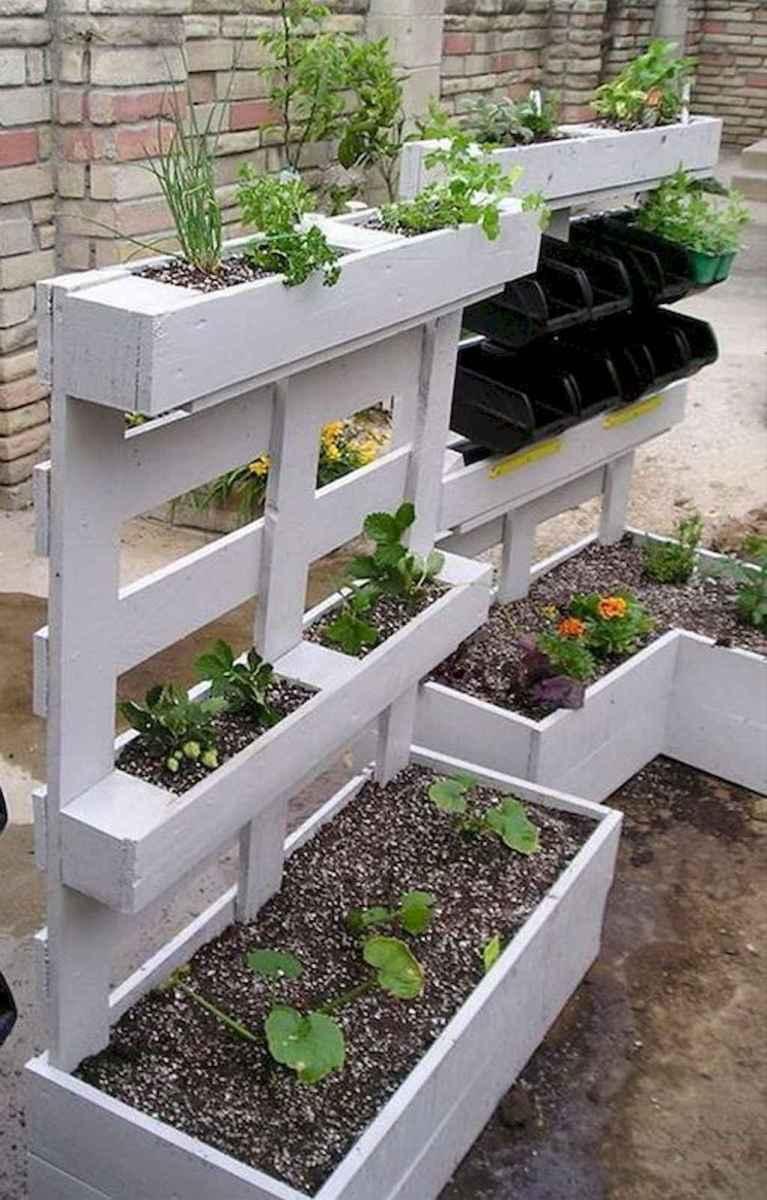 Adorable diy container herb garden design ideas (44)