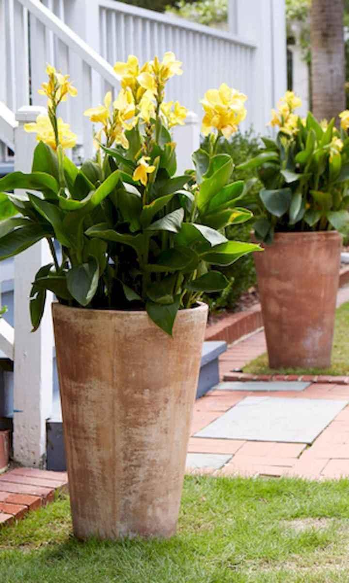 Adorable diy container herb garden design ideas (57)