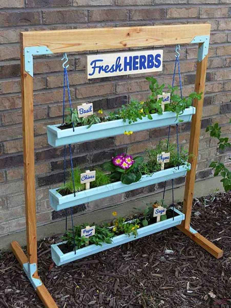 Adorable diy container herb garden design ideas (58)
