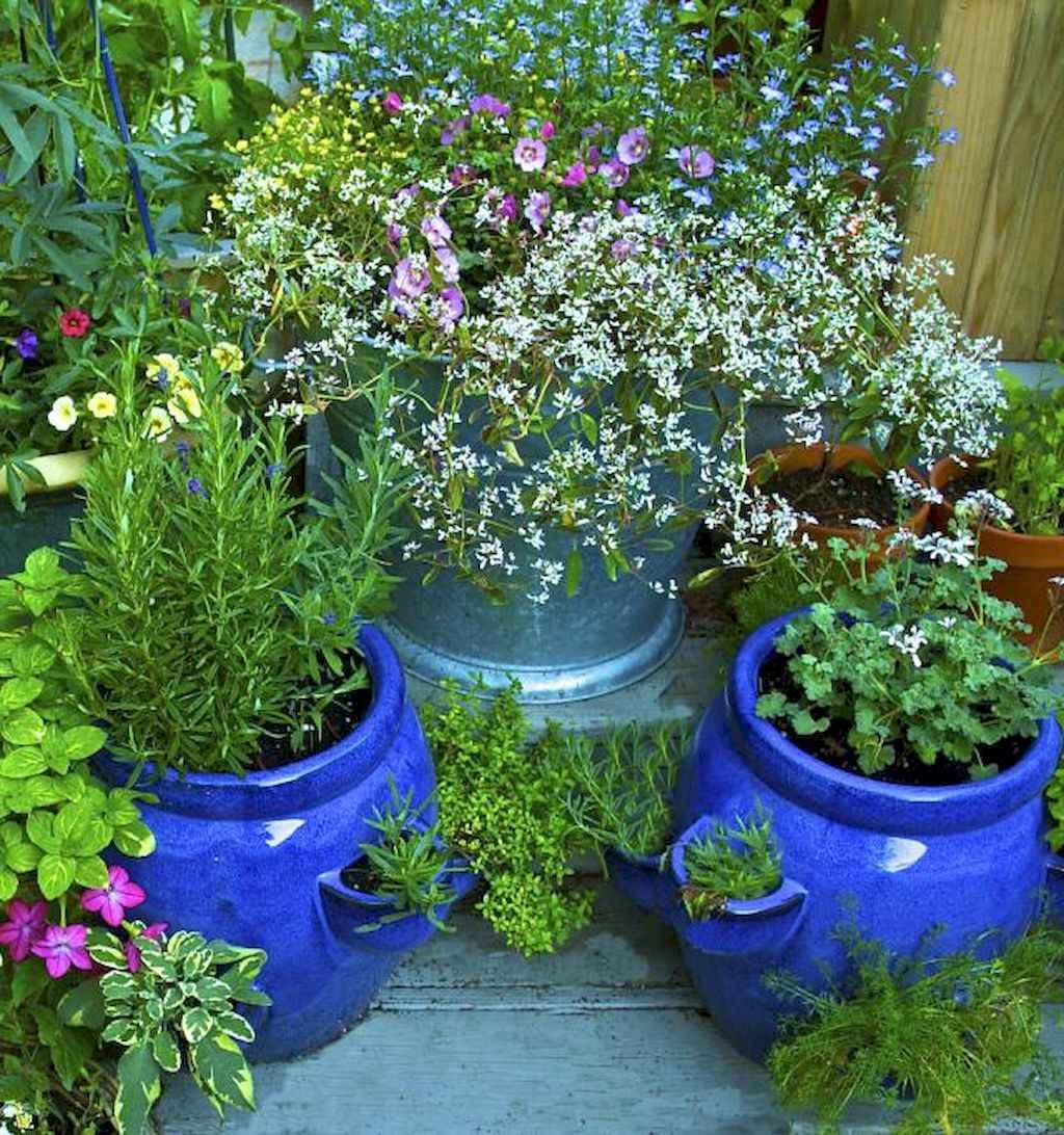 Adorable diy container herb garden design ideas (59)