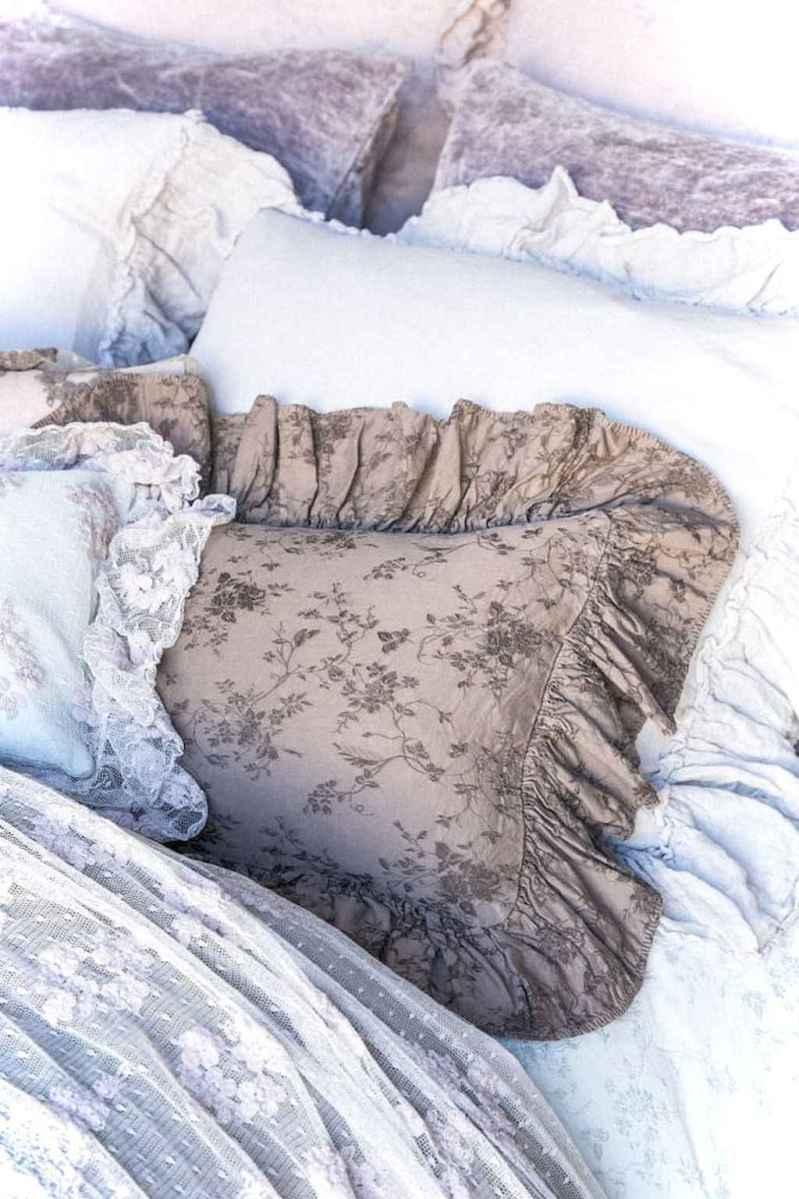 0014 luxurious bed linens color schemes ideas