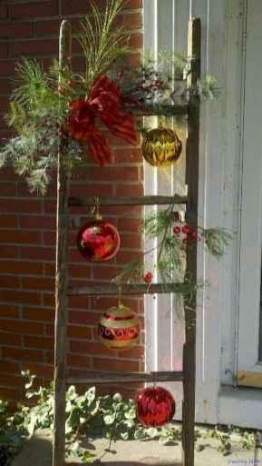 Beautiful 04 christmas porch decor ideas