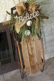 Beautiful 22 christmas porch decor ideas