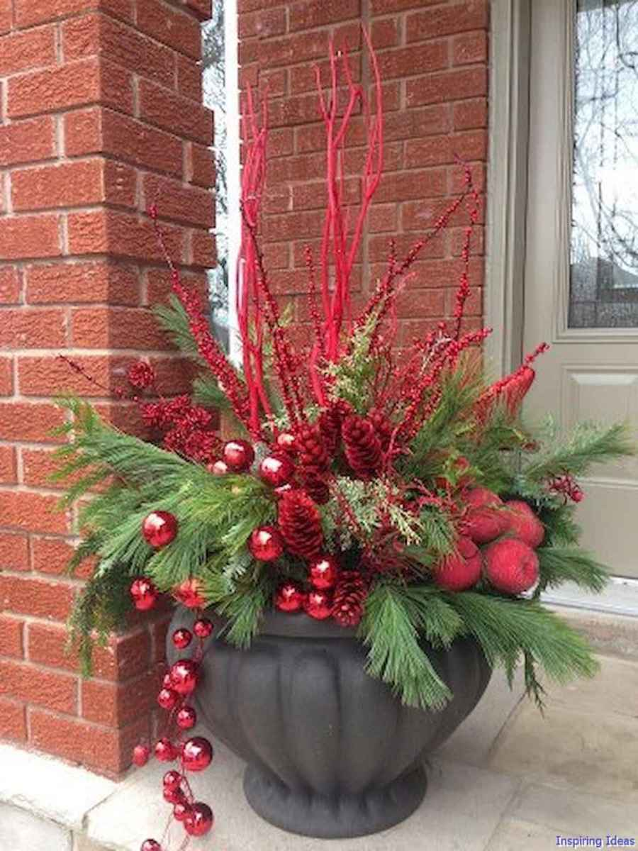 Beautiful 40 christmas porch decor ideas