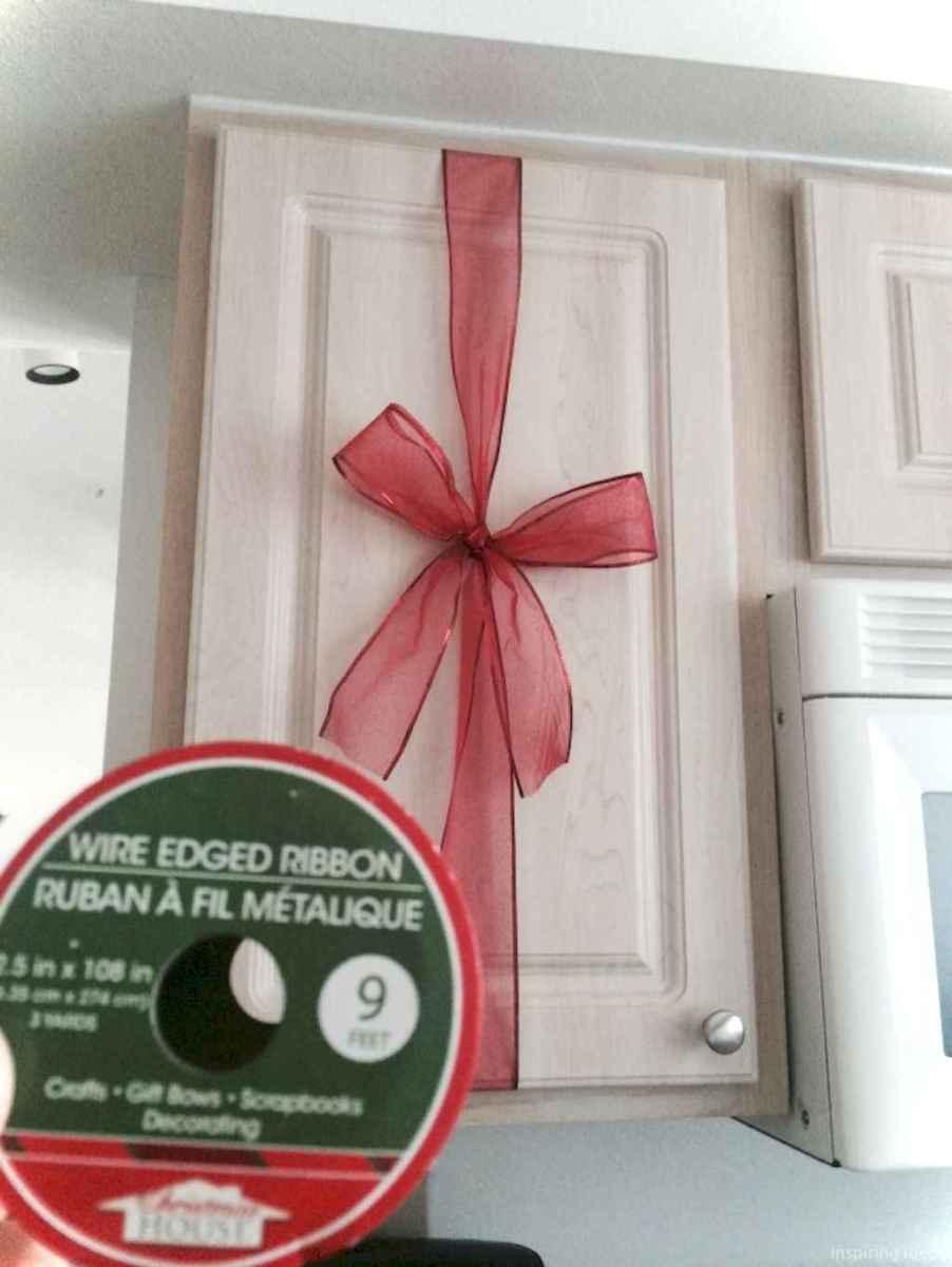 Joyful christmas decorations ideas for apartment 38