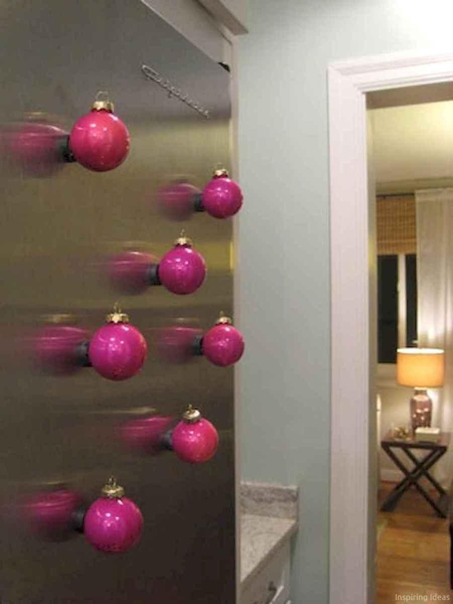 Joyful christmas decorations ideas for apartment 42