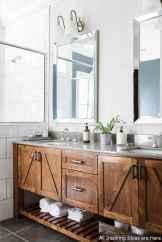 Minimalist modern farmhouse small bathroom decor ideas 23