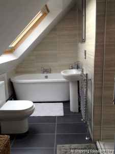 Minimalist modern farmhouse small bathroom decor ideas 33