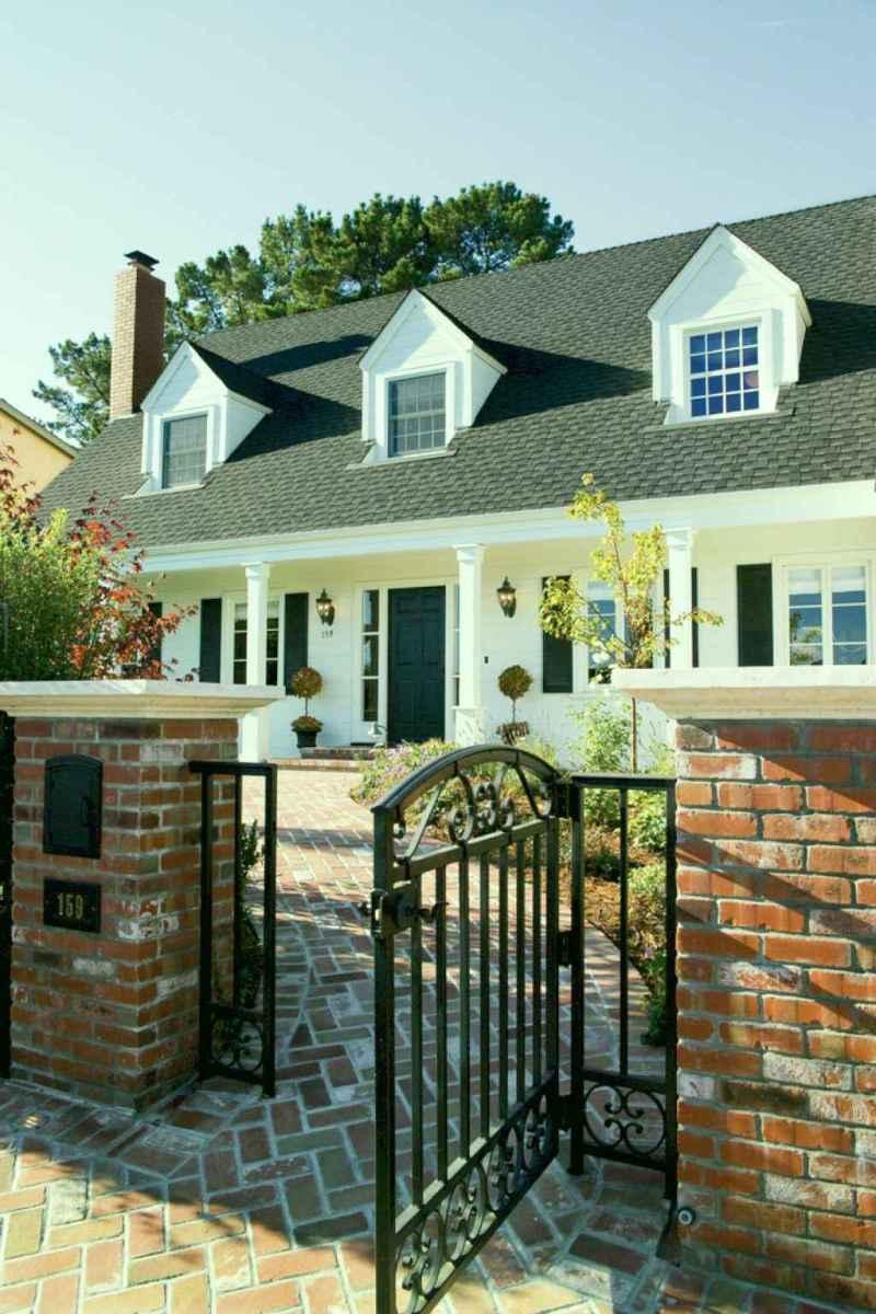 Traditional cape cod house exterior ideas 022