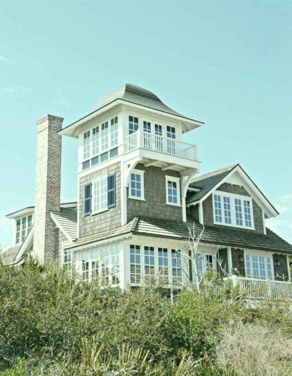 Traditional cape cod house exterior ideas 037