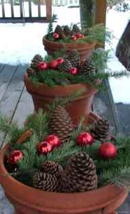 0008 peaceful christmas outdoor decorations ideas