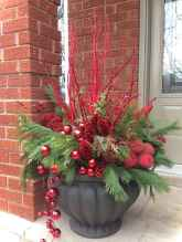 0037 peaceful christmas outdoor decorations ideas