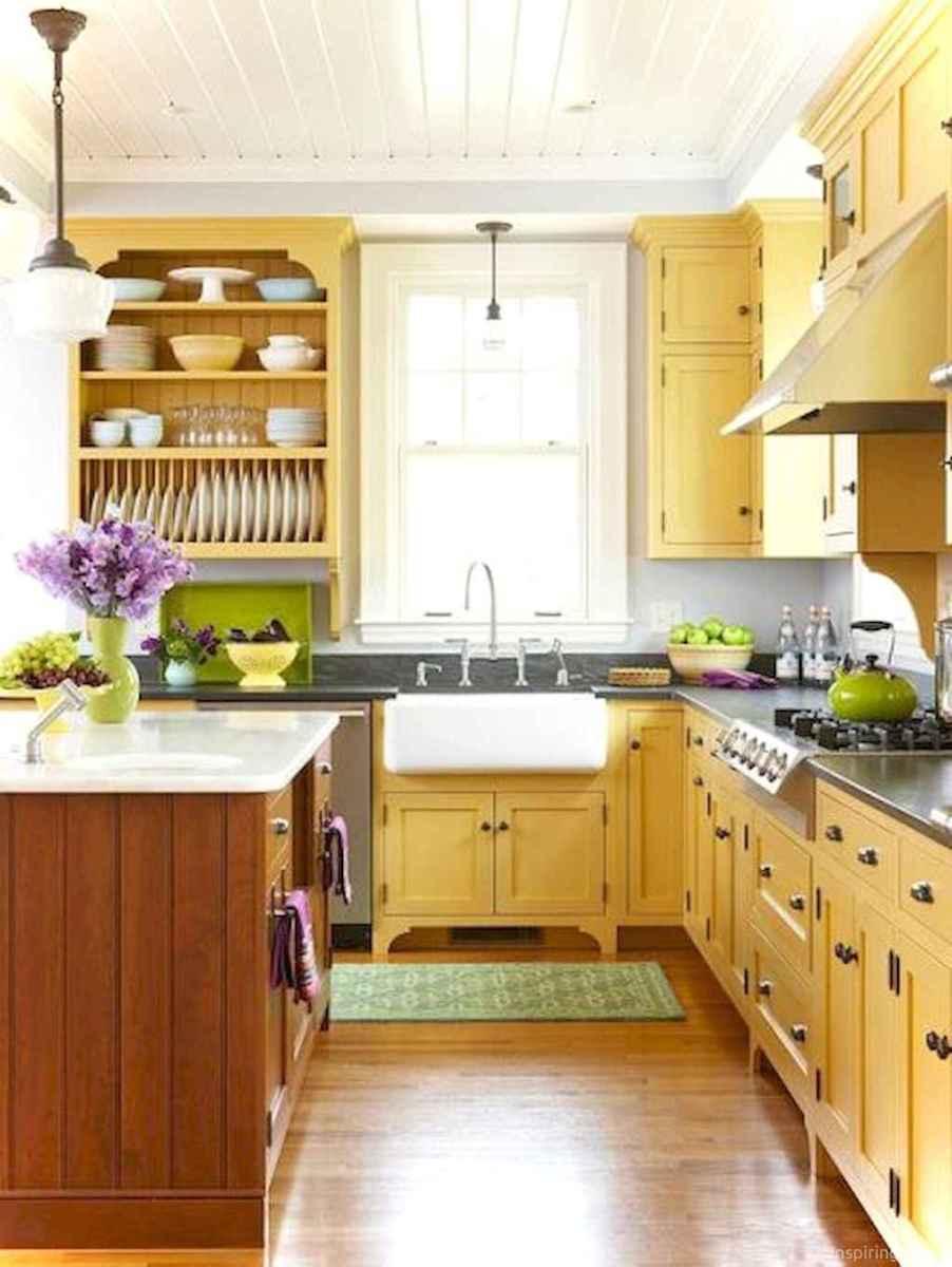 Amazing cottage kitchen cabinets ideas005